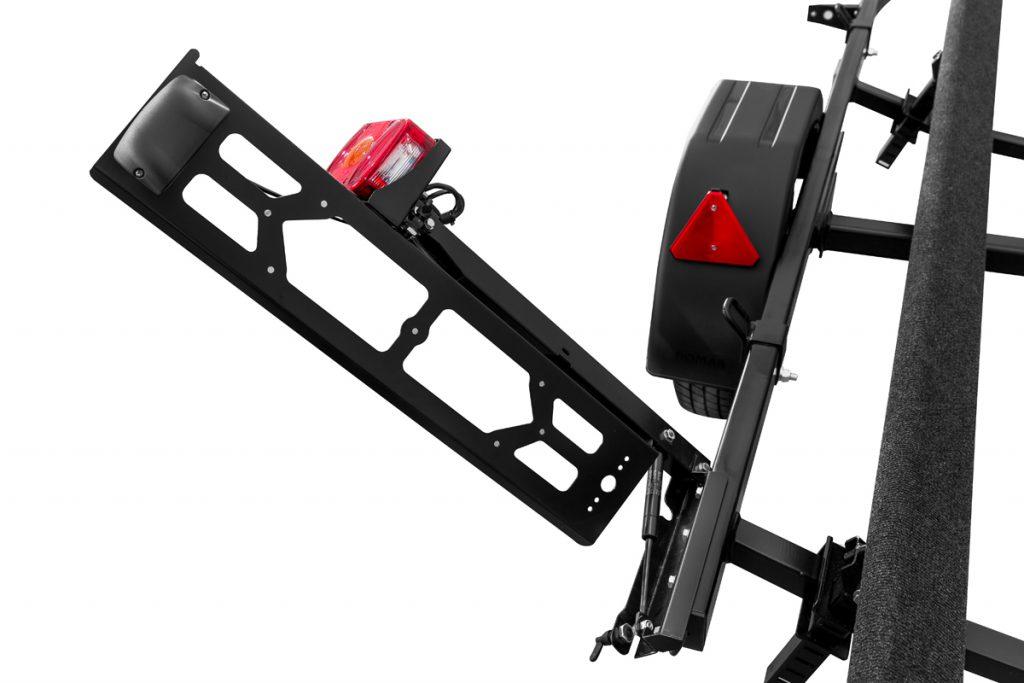 Przyczepa do transportu skutera wodnego PP75-4011 lakierowana z płozami